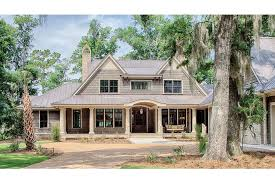 Traditional Low Country Design HWBDO   Low Country from    Traditional Low Country Design HWBDO   Low Country from BuilderHousePlans com
