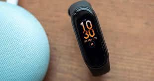 """Новый <b>фитнес</b>-<b>браслет Xiaomi Mi</b> Band 5 """"засветился"""" на первых ..."""
