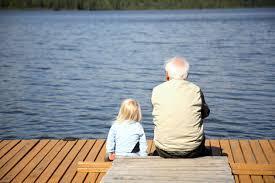 Resultado de imagen para imagenes de abuelos con nietos
