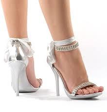 أحذية images?q=tbn:ANd9GcR