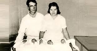 「1934 (Dionne quintuplet sisters」の画像検索結果