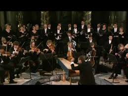 <b>Vivaldi</b> - Gloria: 1. Gloria in excelsis Deo - <b>Trevor Pinnock</b> - The ...