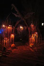 ideas outdoor halloween pinterest decorations: here is a roundup of my favorite halloween decorating ideas this year check out the source links in each image for more great halloween inspiration