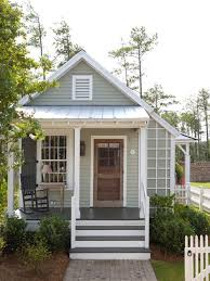 Summer Cottage House Plans Home Design Ideas  Pictures  Remodel    Photo of a small farmhouse gray one story exterior
