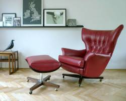 Modern Swivel Chairs For Living Room Living Room Swivel Chairs Leather Nomadiceuphoriacom