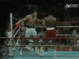 Muhammad Ali dodges 21 punches in 10 seconds : gifs