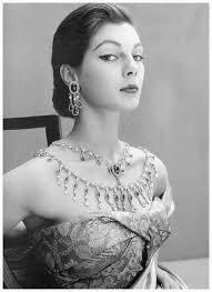 fiona-campbell-walter-photo-by-henry-clarke-1951. Ella no era una mujer cualquiera, todo hay que decirlo: Fiona Campbell, que así se llamaba, había estado ... - fiona-campbell-walter-photo-by-henry-clarke-1951