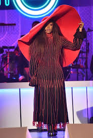 <b>Erykah Badu</b> Wore Not One, <b>But</b> Four Over-the-Top Hats To Host ...