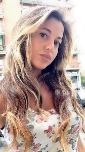 """La modelo sería la nueva conquista del delantero argentino, recientemente accidentado en la isla de Capri. Lucia Fabiani consoló al """"Pipita"""" Higuaín luego - 558109_20130829113940"""
