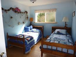 Bedroom For Two Twin Beds His Cabin Accommadations
