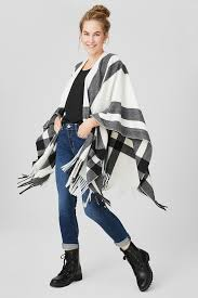 Find your perfect <b>poncho</b> here | C&A online shop