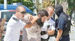 كوسوفو : اعتقال ائمة مساجد لوقف تدفق مقاتلين على سوريا والعراق