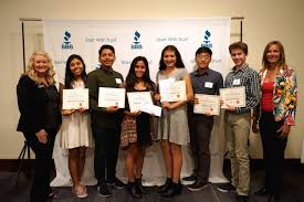 bbb awards cash scholarships to high school juniors and seniors since the student ambassador scholarship program began in 2006 it has reached thousands of young consumers from all over san diego and imperial counties