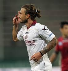 Paulinho ha deciso il match a favore del Livorno con una doppietta