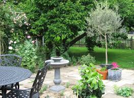 Image result for italian garden and courtyard