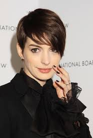Anne Hathaway Previous Next Anne Hathaway attends the 2013 National Board of Review Awards in New York. Copyright: WENN Michael Carpenter/WENN.com 2 of 12 - anne_hathaway