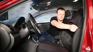 Установка авточехлов: как надевать <b>чехлы на сидения</b> автомобиля