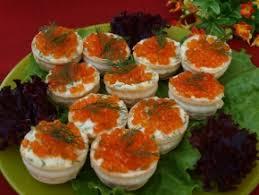 Картинки по запросу Как приготовить тарталетки с сырно-крабовым салатом и икрой