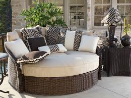 identify sectional patio furniture