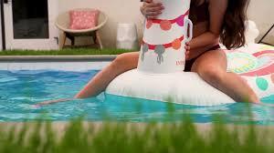 <b>Надувная игрушка</b> для плавания Радужная Лама 135*94 см ...