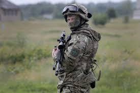 Украинцы на коленях встречали кортеж с павшим в бою добровольцем Нацгвардии Романом Фуриком - Цензор.НЕТ 2573