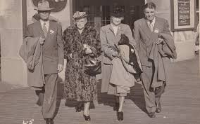 1940s <b>Fashion</b>: <b>Women</b> and <b>Men's Clothing</b> • FamilySearch