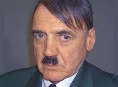 """Bruno Ganz als Adolf Hitler in """"Der Untergang"""". - 82494-brunoganz"""