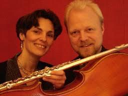 ... musikalische Zeitreise: Ulrike Stüve-Koeppen (Flöte) und Gabriel Koeppen ...