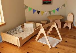 Letto Kura Montessori : Images about kid room on montessori swiss army