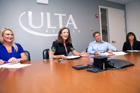 how ulta and mary dillon are winning the beauty battle 1 17 p m dillon meeting her executive team photograph by rebecca greenfield for fortune