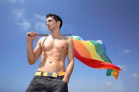 Детская психологическая травма - одна из причин, почему становятся геями
