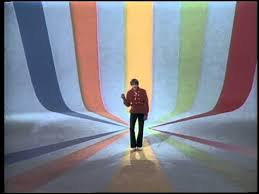 The Monkees - Daydream Believer (Official Music Video) - YouTube