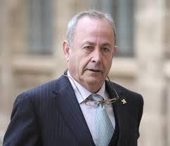 El juez del caso Nóos, José Castro, ha rechazado hoy imputar por blanqueo de capitales a Iñaki Urdangarin, como había solicitado el sindicato Manos Limpias, ... - jose-castro