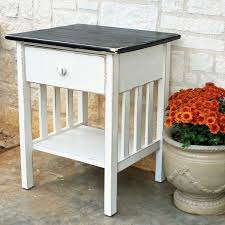 Night Tables For Bedroom Narrow Side Table With Lamp Pimp Your Bedroom Diy Nachttische Fr