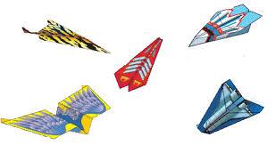 Resultado de imagen para avion de papel volando