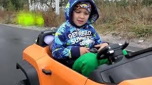 Рома ловит покемонов на машине <b>ПОКЕБОЛ</b> Игры <b>Покемон</b> ...