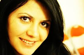 Leyla Akkus updated her profile picture: - 4YzPCLqaROs