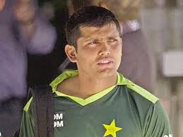 KARACHI: Kamran Akmal and Shoaib Malik on Wednesday expressed disappointment at being dropped from Twenty20 and Test squads against New Zealand, ... - Kamran-640x480
