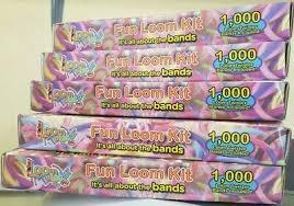 <b>LOOM TWISTER</b> BANDS Fun <b>Loom</b> Kit - 900 Bands, 12 S-Clips, 6 ...