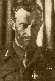 Adam Antoni (Artur) BIELIŃSKI (1904 - 1988) Dowódca pułku: 4.XI.1944 - do rozwiązania - bielinski