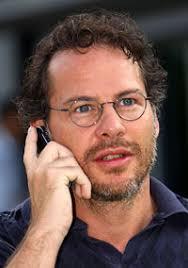 Ex-Formel-1-Weltmeister Jacques Villeneuve kritisiert die Serie: Die Reifen hätten zu großen Einfluss, junge Piloten keinen Respekt ... - 6f20a92d7dc233d4ca372215e04db4f1