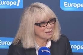 Mireille Darc ... Images?q=tbn:ANd9GcS2-3HRl-fOrHM_13jGJKJTt9g4oWYS8mIAnEqIjt4cH3S8OJEF