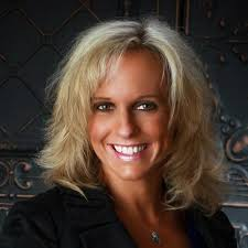 Mortgage Lender: Stephanie Reed, URBANDALE, IA - 1679816749