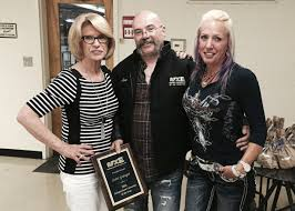scott granger awarded independent contractor of the year vp of bill downs enterprises suzanne waters scott granger and wife barbara