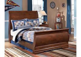 furniture t north shore: wilmington full sleigh bedsignature design by ashley
