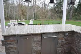 countertops granite marble: spacious outdoor kitchen outdoor kitchen granite countertops spacious outdoor kitchen