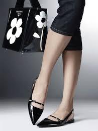 Risultati immagini per scarpe sottili e flessuose