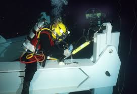 these unusual jobs pay really well oil and gas diver