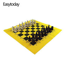 Easytoday Chess Game Set Resin Chess Pieces Synthetic Leather ...