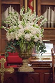 best images about mississippi wedding florist silver dollar eucalyptus and hydrangea ceremony arrangement hydrangea and eucalyptus centerpiece
